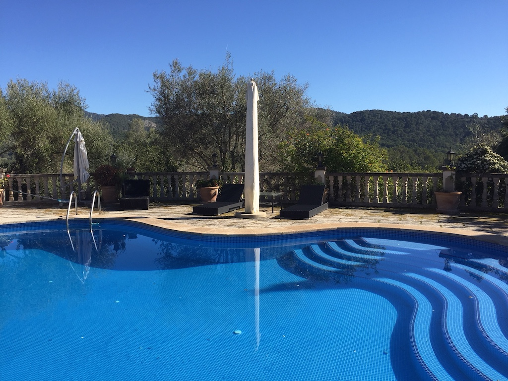 Pool with mountain views, Capdella 2,700,000